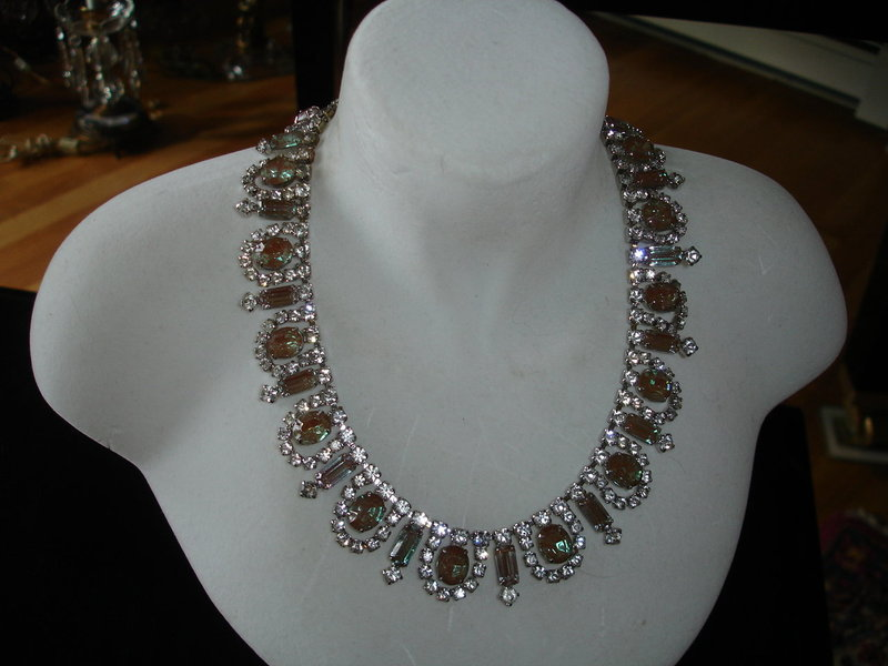Stunning Art Deco SAPHIRET Glass Rhinestone Necklace