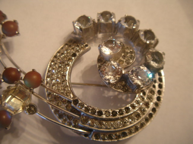 Fabulous HUGE Austrian Crystal SAHPIRET Glass Brooch