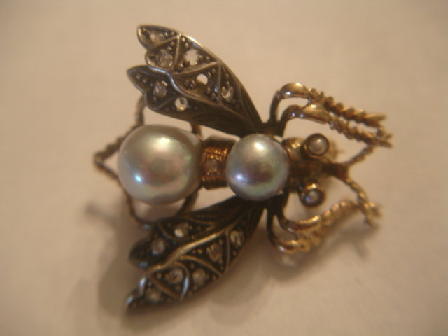 Fine Antique 14k Gold Platinum Bee Pin Diamonds