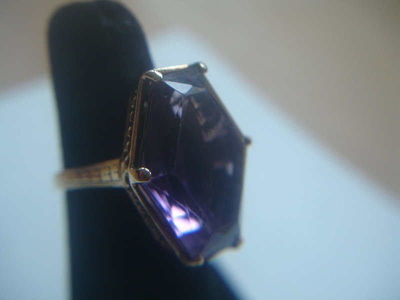 Art Deco Large 18k Gold Filigree Amethyst Ring