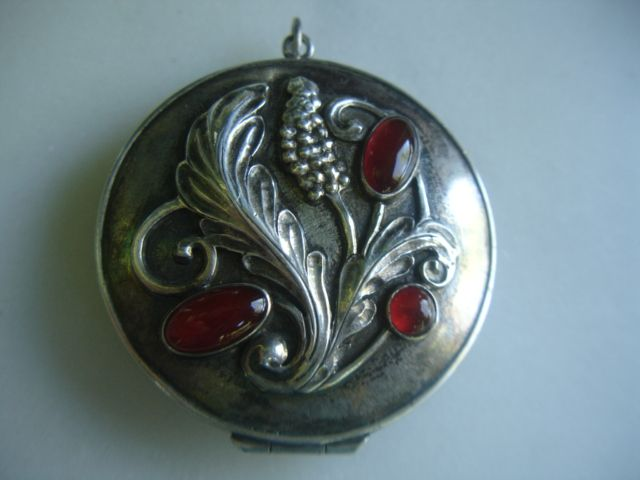 Large Arts & Crafts Potter Mellen Sterling Silver Locket Carnelian