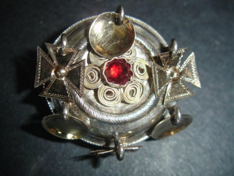 Scandinavian Victorian Solje Brooch Garnet Norway