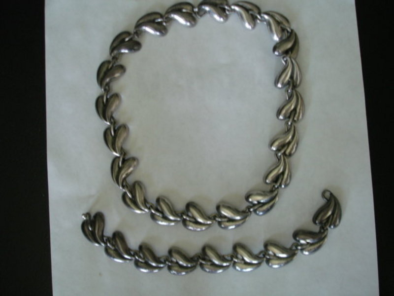 Mexican TAXCO Sterling Silver Necklace & Bracelet Set