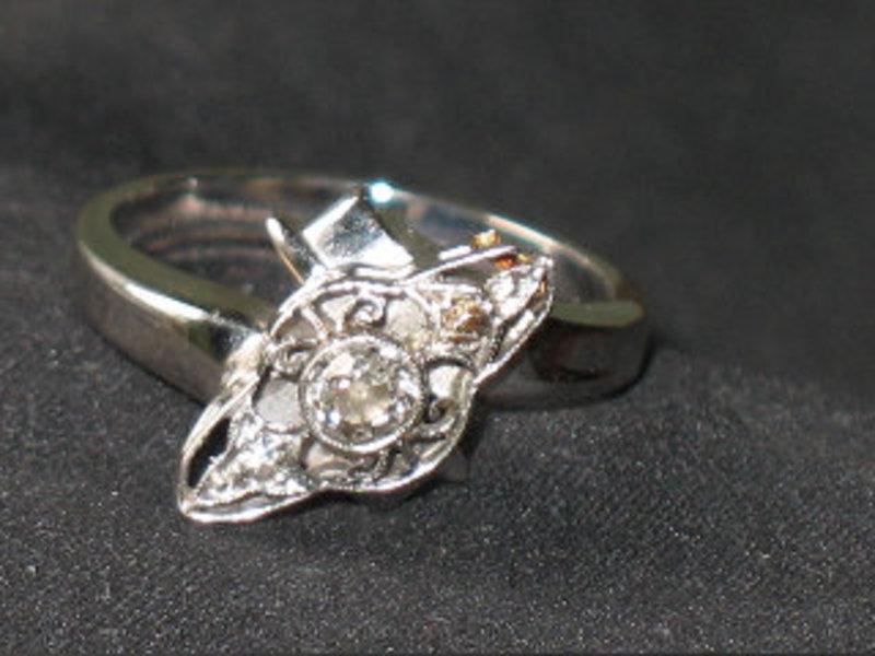 Antique 14K  White Gold European Diamond Ring