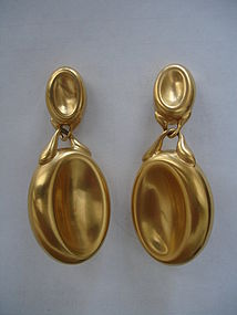 Vintage Gucci Italy  Drop Earrings