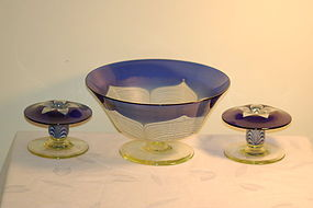 Durand Quezal glass 3 piece pulled feather console set C:1925