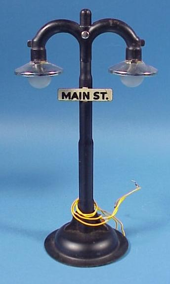 """""""Main St."""" Electric Train Double Lamp Post"""