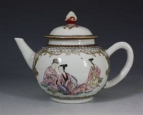 VERY FINE CHINESE FAMILLE ROSE TEAPOT YONGZHENG