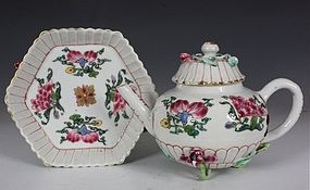 FINE FAMILLE ROSE TEAPOT COVER AND A STAND YONGZHENG