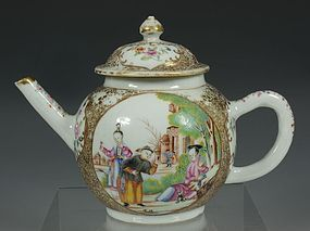 CHINESE FAMILLE ROSE TEAPOT AND COVER QIANLONG C1750/60