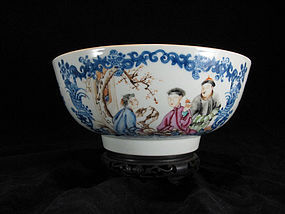 QIANLONG BLUE & WHITE FAMILLE ROSE EXPORT PUNCHBOWL