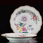 18TH C QIANLONG FAMILLE ROSE FLORAL EXPORT PLATES