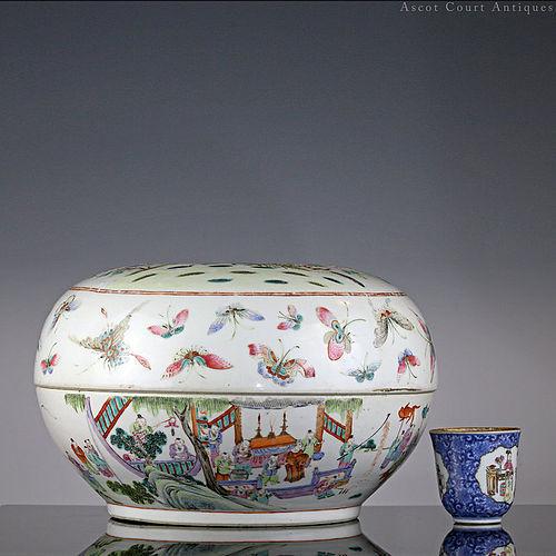 Late Qing Guangxu Famille Rose Hundred Boys Porcelain Covered Box