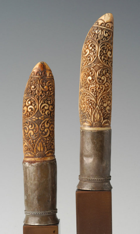 19th Century, A Pair of Burmese Ivory Knife Handles