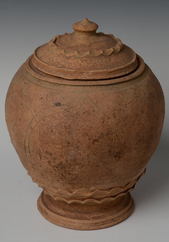 Five Dynasties, Chinese Pottery Covered Jar