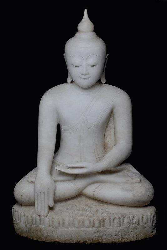 16th Century, Large Burmese Alabaster Seated Buddha