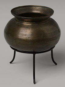 12th Century, Angkor Vat, Khmer Bronze Pot