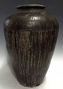 12th C., Angkor Vat, Large Khmer Pottery Jar