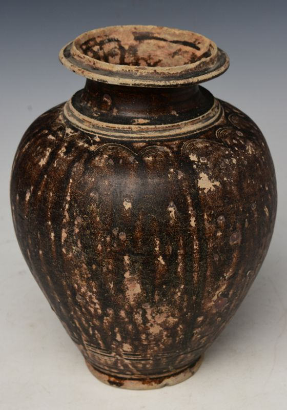 12th - 13th Century, Bayon, Khmer Dark-Brown Glazed Pottery Jar