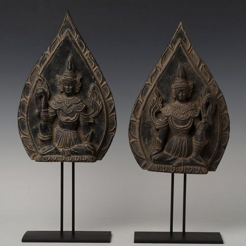 19th Century, Mandalay, A Pair of Burmese Wooden Seated Angels