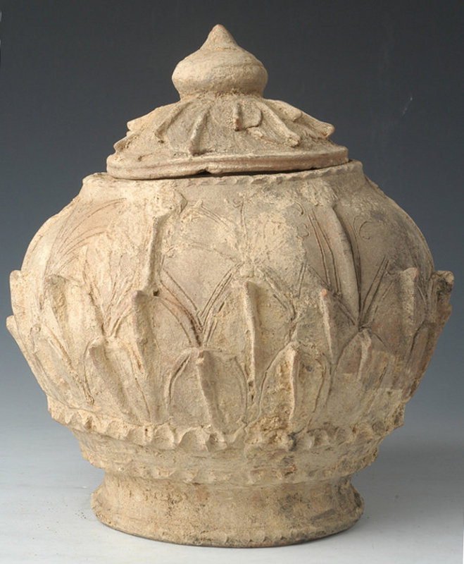 Five Dynasties, Rare Chinese Pottery Incised Jar