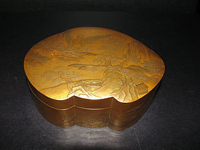 A good Japanese lacquer box and cover. 18th century.