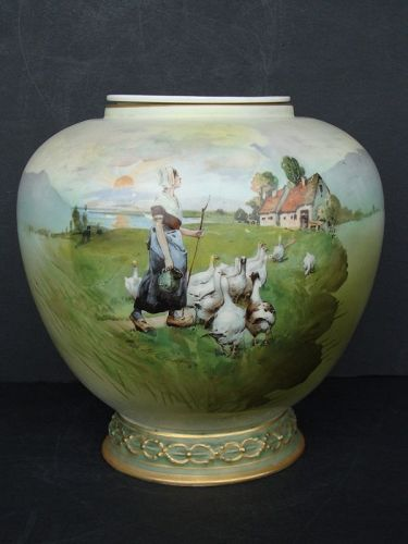 Antique Alexandra Vase