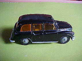 DIE CAST LONE STAR TOY LONDON TAXI MADE IN ENGLAND