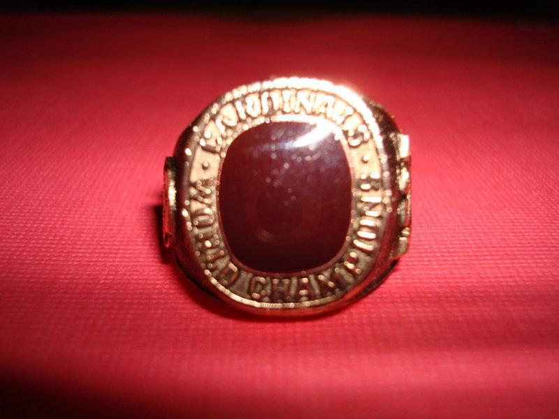 1982 ST. LOUIS CARDINALS WORLD SERIES RING