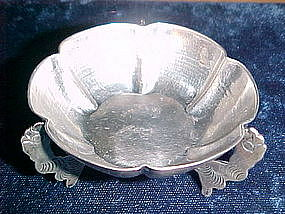 VINTAGE MEXICAN SILVER FOOTED MINI BOWL BY MACIEL