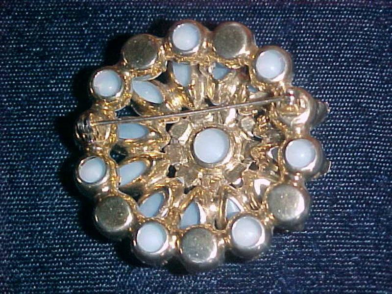 1950's  RHINESTONE FLOWER PIN AURORA BOREALIS