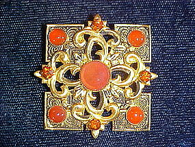 VINTAGE FAUX CORNELIAN & ORANGE COLORED RHINESTONE PIN
