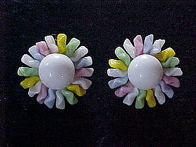 VINTAGE PAIR OF GLASS FLOWER EARRINGS WEST GERMANY