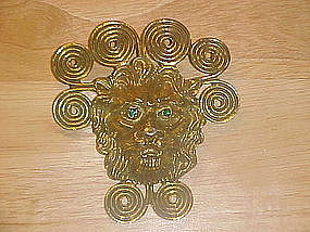 VINTAGE GOLDETTE LION HEAD BROOCH