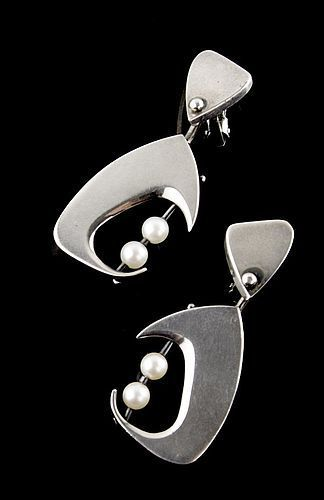 Janiye Modernist Sterling and Pearl Earrings Japan Boston