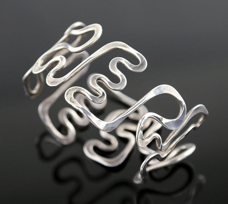 Sterling Modernist Bracelet - Mid 20th Century