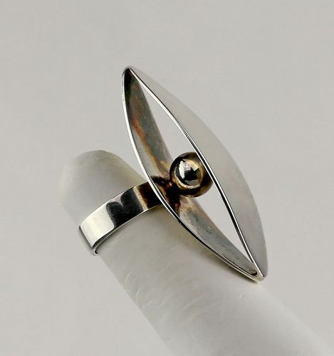 Dynamic Modernist Sterling Silver Ring - Finland 1970