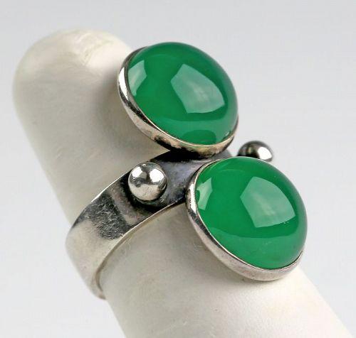 Kaunis Koru Modernist Sterling and Chrysoprase Ring Finland