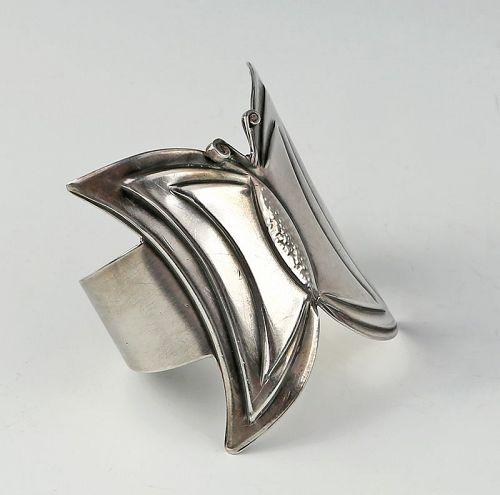 Rebajes Modernist Sterling Butterfly Cuff Bracelet 1950s