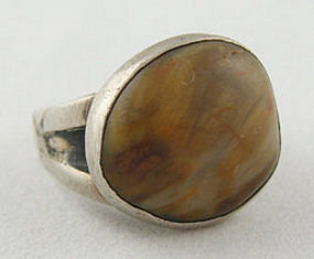 Vintage C. L. Smith Modernist Sterling & Shell Ring