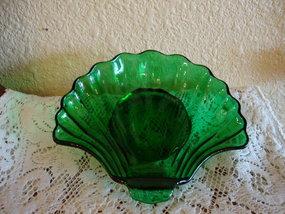Forest Green Shell Dessert Dish