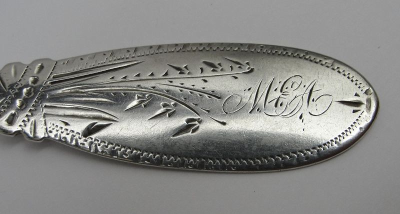 Decorated Coin Silver Turned Handle Spreader by James Watts