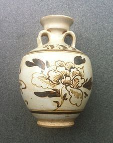 Chinese Cizhou type jar