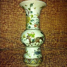 Chinese famille-verte enamelled beaker Gu vase