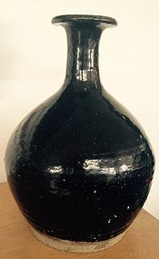 Chinese Song black glaze vase