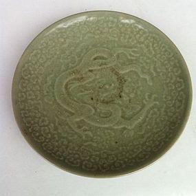 Chinese Qing Dynasty celadon dragon dish
