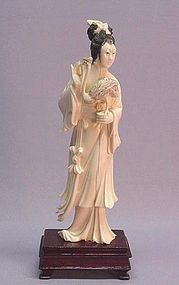 CHINESE IVORY CARVING OF A MAIDEN AND A CRANE