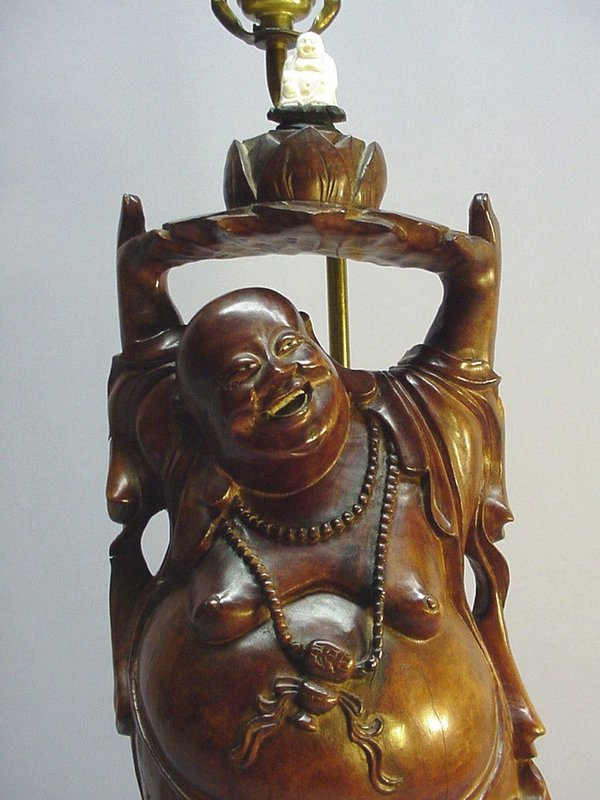 CHINESE WOOD CARVING TABLE LAMP