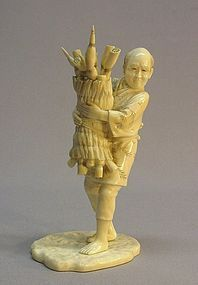 19TH C. JAPANESE IVORY OKIMONO OF A FARMER