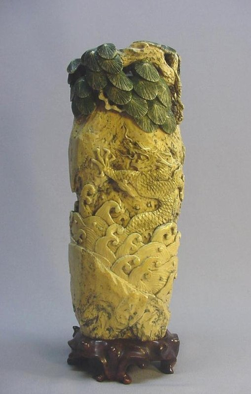 JAPANESE BONE CARVING OF A LEGENDARY CHINESE FIGURE